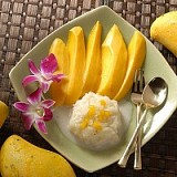 Rice with coconut milk and mango